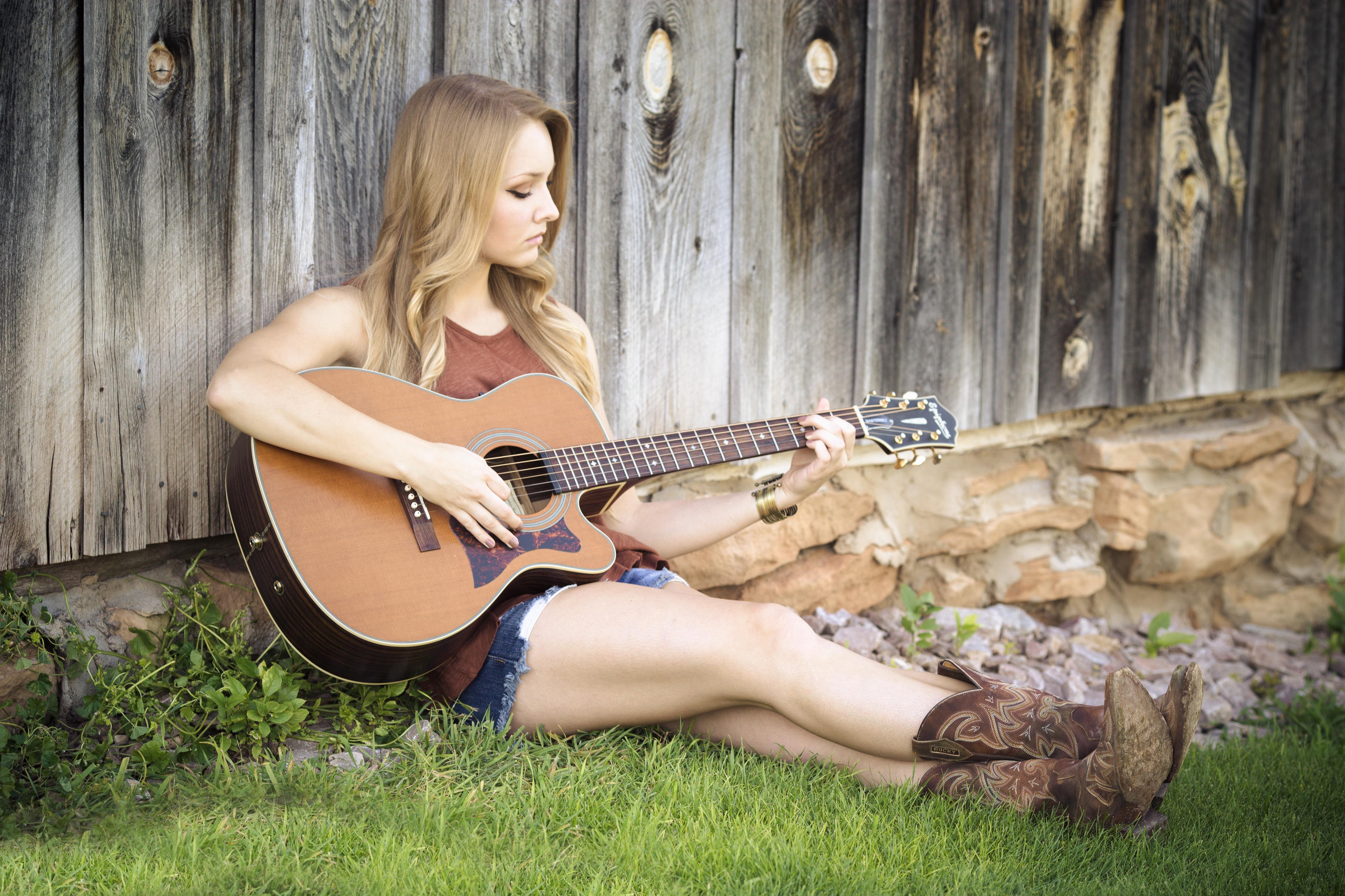 blonde girl songwriting